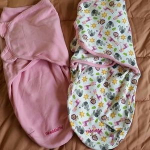Set of 2 baby girl swaddles